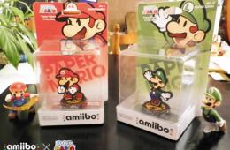 Amiibos de Mario y Luigi en su modo Paper Mario.